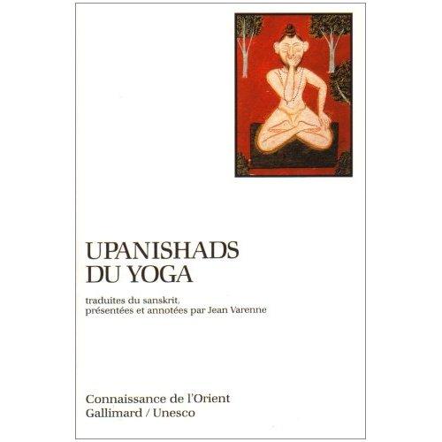 """Jean Varenne, né à Marseille (1926-1997), docteur d'État ès lettres, est l'un des plus grands spécialistes français de l'hindouisme, du sanskrit, des cosmogonies védiques (Upaniṣad védiques), de la tradition propre à l'Inde, de la littérature fondatrice, aux mythes, en passant par l'histoire depuis les origines jusqu'à nos jours, et d'autres formes de la culture indienne : yoga (yoga classique du Patañjali et le yoga """" physique """" ou hatha-yoga), tantrisme et art."""